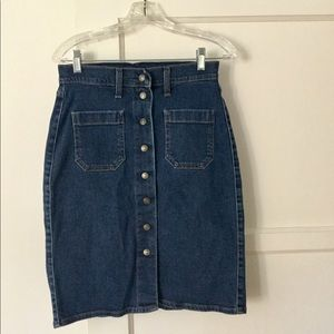 Levi's High Waisted Snap Denim Skirt, Sz 26